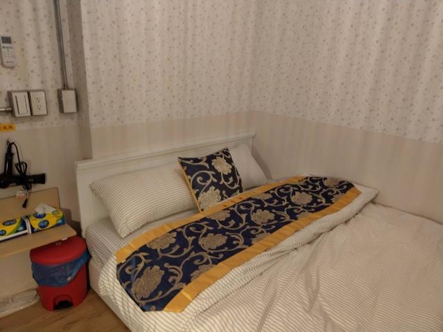 Room 1313 高雄左營區,建業客棧,近國訓中心,3坪(約9M2)