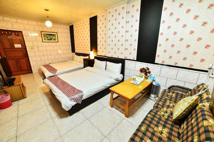 Room 8032 台南市區,生活機能佳,近成大,4人套房,14坪(約42m2)?now=20190620231928