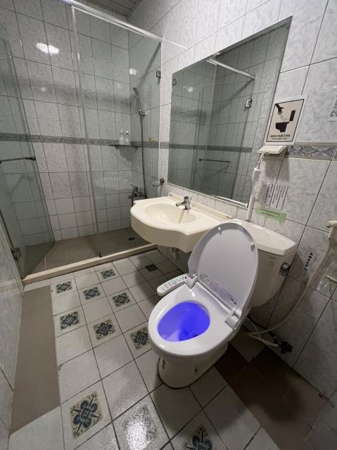 Room 8041 台南成大商務套房,生活機能佳,近成大,4人套房,17坪(約51m2)