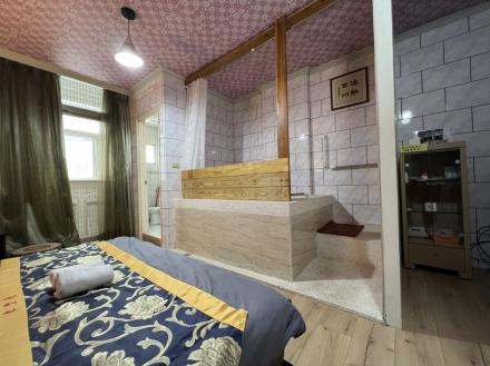 Room 8042 台南市區近成大,生活機能佳,2人套房,14坪(約42m2)