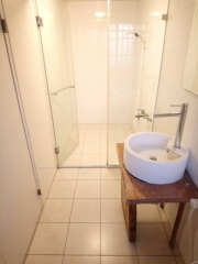 Room 8051 台南市區,生活機能佳,近成大,2人套房,10坪(約30m2)