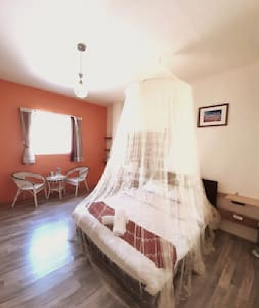 Room 1231 台南市區,近開元路美食,4人套房,10坪(約30m2)