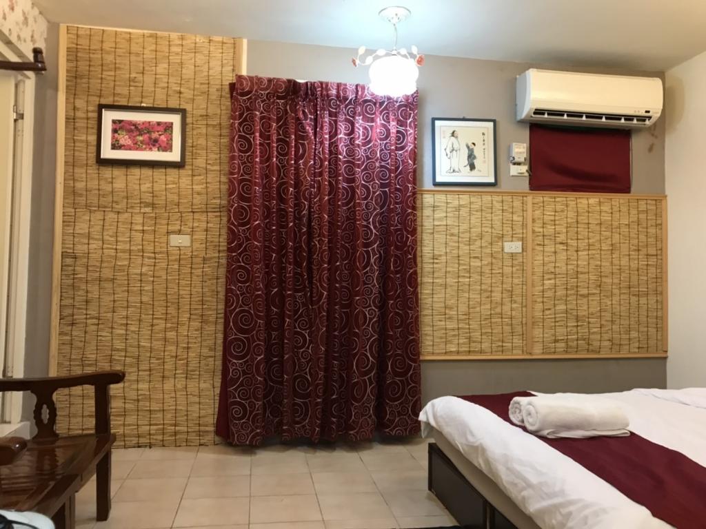 Room 3622台南(家庭玫瑰) ,4人套房,近安平景點,停車方便,10坪(約30m2)