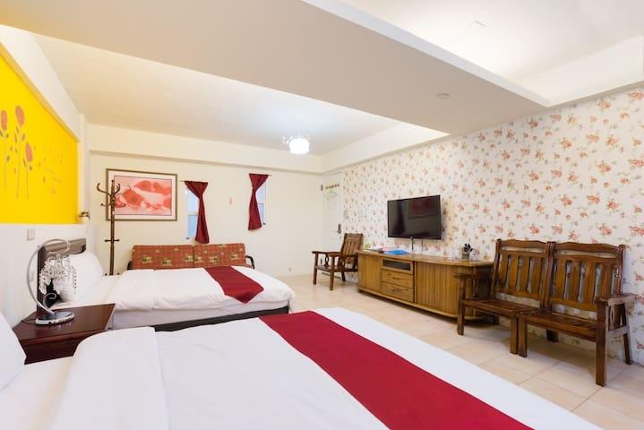 中西區-安平客棧 Room3622(家庭玫瑰4人房)