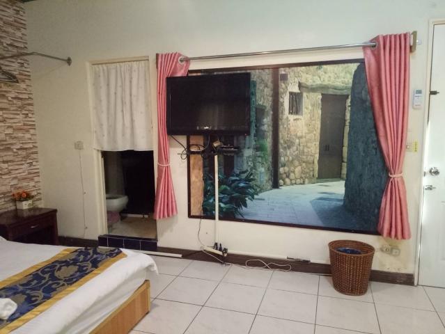 Room 2741台南市區,近南紡夢時代,2人套房,9坪(約27m2)?now=20190524190324
