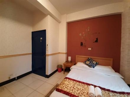 Room 2522 台南市區,近南紡夢時代,2人套房,6坪(約18m2)?now=20190619071340