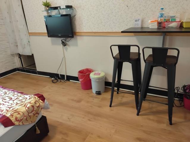 Tainanbnb room 2522青年簡約套房