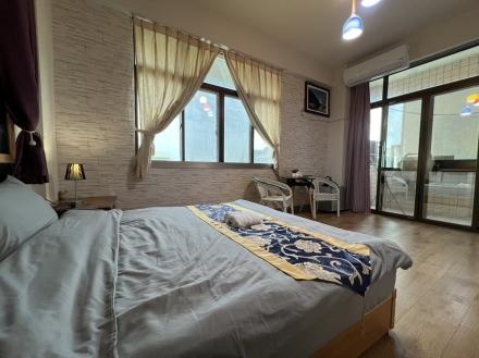 Room 2541 台南市區,近南紡夢時代,雙人套房,9坪(約27m2)