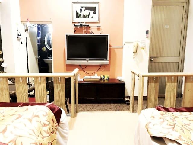 Tainanbnb room 2711靠近台南夢時代,鬧中取靜的地方