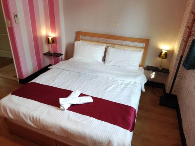 Room 2542 台南市區,近南紡夢時代,2人套房,6坪(約18m2)