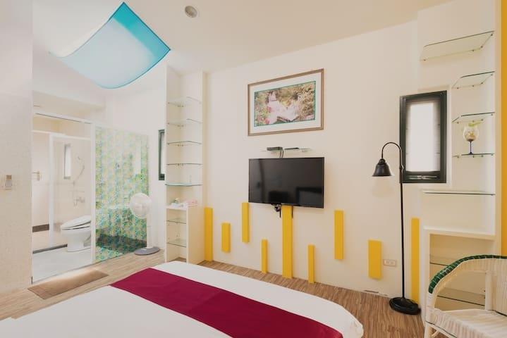Room 3631台南(歐風房) ,2人房,近安平景點,停車方便,7坪(約21m2)?now=20190619070711
