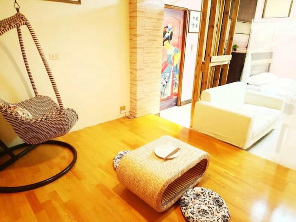 Tainanbnb room 2731靠近南紡夢時代購物中心,巷弄之間的寧靜東豐棧